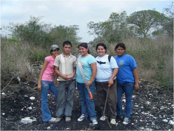 From left to right: Perla, Luis Manuel, Julie, Lupe, and Mahelet