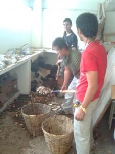 Limpiando el laboratorio